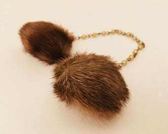 Fur Sweater Guards Clips Pearls Link Chain Vintage Accessories