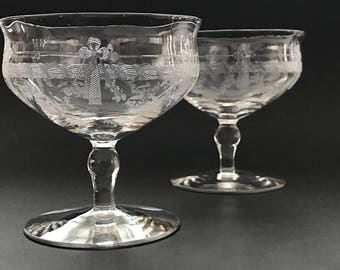 Etched Crystal Coupe Champagne Glasses Short Stem Champagne Coupes Stemmed Sherbet Dishes