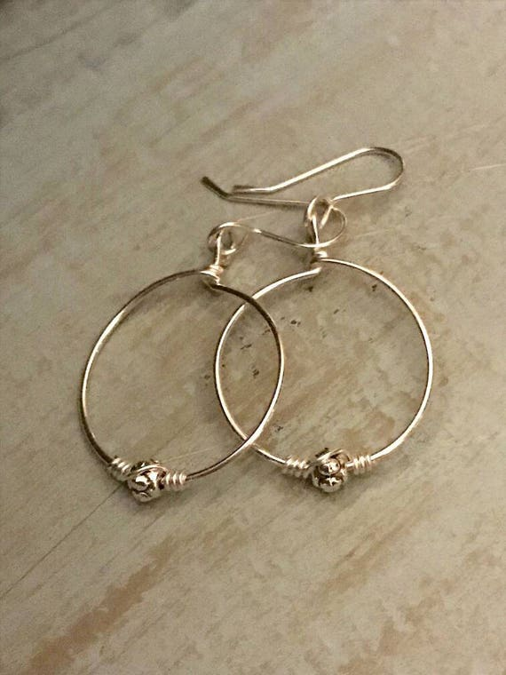 Sterling Silver Hoops - Medium Earrings, minimalist jewelry, Simple round circles dmalia designs