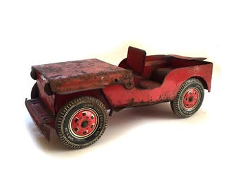 1940s Marx Pressed Steel Willys Jeep w Tin Litho Wheels & Virginia License Plate