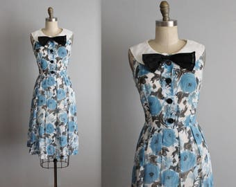 50's Dress // Vintage 1950's Floral Print Full Garden Party Summer Day Dress