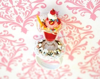 Sale Adorable Swarovski crystal Ice Cream Sunday Ring