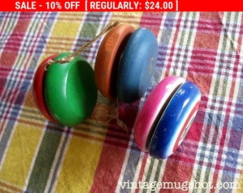 Christmas In July SALE 3 Vintage  Yo Yo's Lot  Two Duncan Wooden  Ones and One Made In Japan Toy Yo Yo