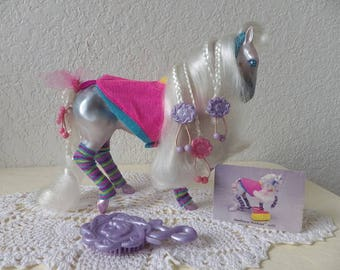 Fashion Star Fillies, CHLOE wearing her Star Power Workout outfit. Comes with all Original barrettes, comb and Trade Card.