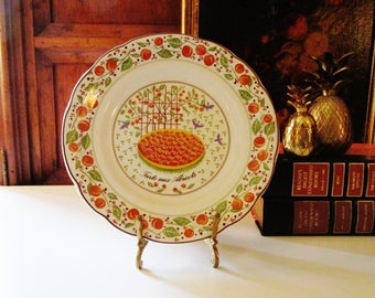 Vintage Gien France Dish, Salad or Dessert Tarte and Abricots, French Country, Les Tartes, Farmhouse Chic, Wall Gallery Plate, Fruit Plate