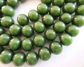 "Jade Color Glass Beads 10 mm, 28"" Vintage"