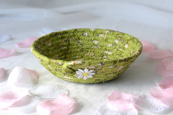 Green Key Holder, Hair Tie Bowl, Shabby Chic Bowl, Pretty Handmade Basket, Moss Green Bowl, Cute Desk Accessory Basket, Paperclip Holder