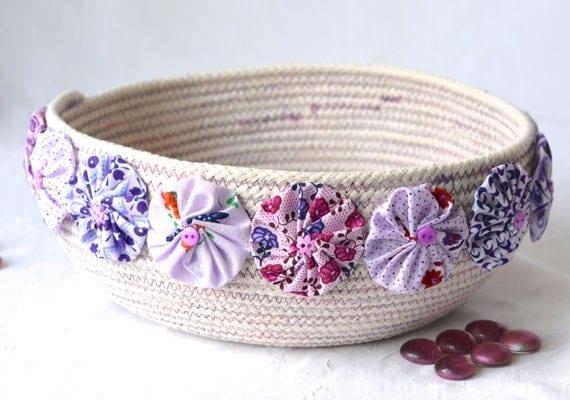Pretty Yarn Bowl, Handmade Fiber Basket, Modern Clothesline Basket, Minimalist Rope Bowl,  hand coiled natural rope basket
