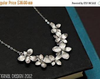 SALE - Flower Necklace Silver, Bridal Jewelry, Maid of Honor, Best Friend Gift, Bridesmaid Gift, Mother Gift,Bridal Necklace