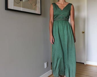 60s long emerald green maxi floor length gown with rhinestone beaded sequin front, size S/M