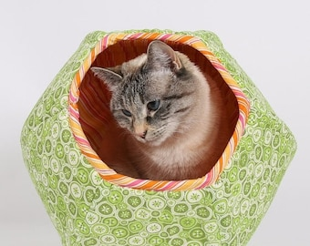 Summer Sale Green Cat Bed designed for kittens and small cats - the mini size Cat Ball