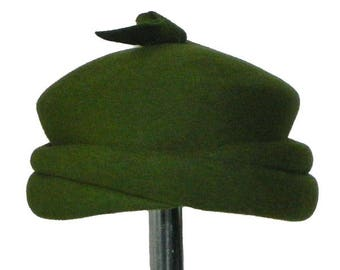 Vintage 1960s Green Pill Box Hat