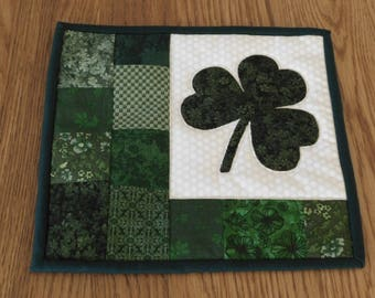 Quilted Candle Mat, Mug Rug, Coaster, Shamrock Quilt, Shamrock Candle Mat, Table Topper, Mini Quilt, Snack Mat, St Patrick's Day Decor