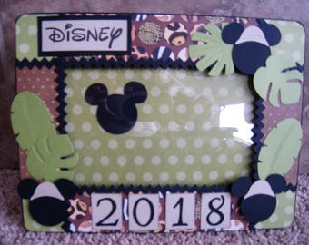 Disney Decorative Frame - Animal Kingdom - Mickey Mouse Safari
