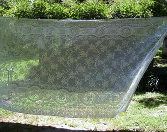Vintage Lace Tablecloth, 58 x 114 inches