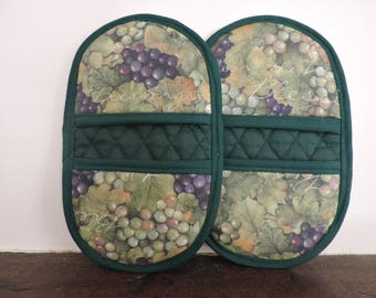 Mini Microwave Mitts-Oven Mitts-Pinchers-Blessings from the Vine w/Green Trim-Free Shipping