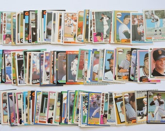 San Francisco Giants - Lot of 100 Assorted Vintage Baseball Cards