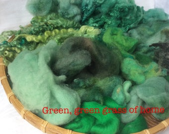 Dyed British Rare Breed Mixed Wools for Blending. 180gms. Spinning & Felting supply. Merino, Shetland, Teeswater, silk. 'Green, green grass'