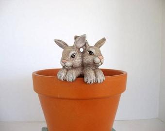 Ceramic flower pot decoration, flower pot hanger, two rabbits