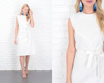 Vintage 70s White Geometric Dress A Line Mod Sleeveless Medium M 10111