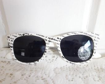 Vintage Wayfarer 1980s White Newsprint Pattern Frames  Italian Sunglasses Dark Lenses New Old Dead Stock