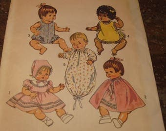 "Vintage 1970s Simplicity Sewing Pattern # 5275 Doll Clothes 16"" Inch Doll Uncut"