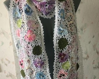 ON SALE - 10% OFF Irish crochet lace scarf with pansy