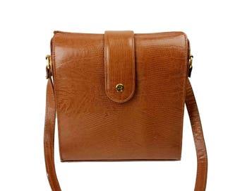 Vintage Etienne Aigner Shoulder Bag // Brown Lizard Textured Leather Cross-Body Purse, Magnetic Closure, Adjustable Strap, Brass Hardware