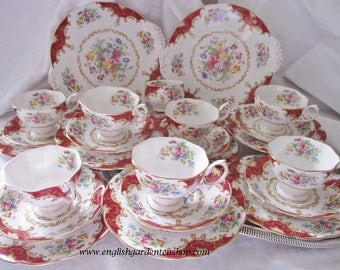 VINTAGE TEA SET 24 pc. Royal Albert Canterbury pattern 7 teacups/saucers, 7 tea plates, 2 cake serving plates, 1 sugar bowl, mint condition