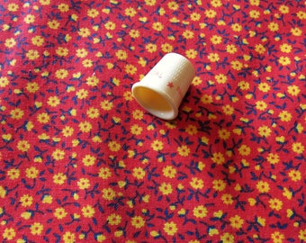 tiny gold on red floral print vintage cotton fabric tablecloth