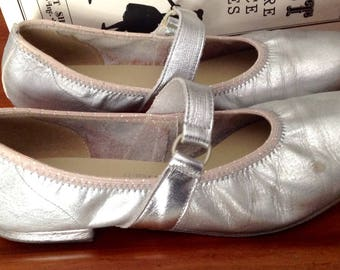 Vintage Coast silver metallic square dance shoes leather flats