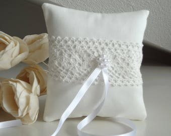Ring bearer cushion with cotton lace decoration, white wedding pillow, ring cushion