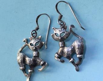 Sterling Silver Prancing Cat Earrings. Vintage Silver Feline Friends Dangle Earrings.