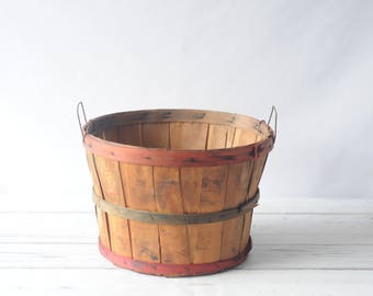 Vintage Split Wood Bushel Basket With Wire Handles Apple Baskets Primitive #20