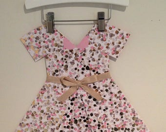 Spotted paper dress