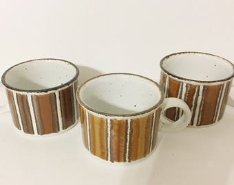 Vintage Pottery Style Cofee Mugs