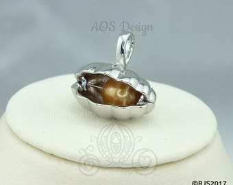 Giant Clam Pearl Cage Necklace Akoya Oyster Shell Locket Charm Holds Pearls Beads Gems