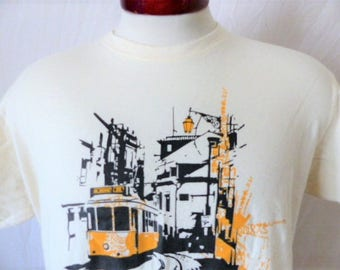 vintage 90's Lisbon Lisboa Portugal cream natural white graphic t-shirt tourist travel souvenir black mustard yellow tram logo print Large