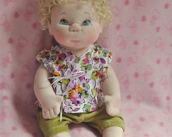 """Fretta's OOAK life size 16"""" / 40.6 cm Soft Sculpture Baby Girl.  Curly Blonde Hair, Blue Eyes. Child Safe Textile Baby Doll. Empathy Doll"""
