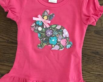 Pink bunny appliqué shirt