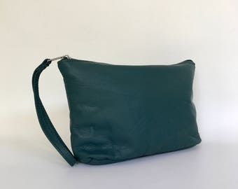 Green Leather Bag with Wrist Strap, Fashion Wristlet, Trendy Pouch, Weekend Clutch Purse, Cosmos
