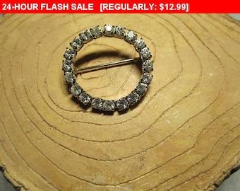 Rhinestone circle brooch, vintage pin brooch, estate jewelry