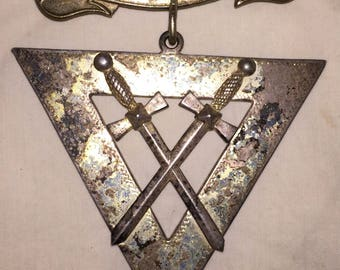 Antique Victorian Knights of Pythias FCB Fraternal Order Medallion Pin Badge Large Silver Triangular Crossed Swords Brooch