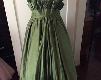 SUPER SALE 1960s olive green floor length maternity ball gown.  S-M