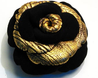 two-tone suede black and gold vintage 2 brooch