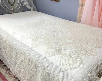Hobnail Bedspread, Hobnail Blanket, Chenille Hobnail, Cotton Blanket, Twin Size, Full Size?, Crown Craft, Vintage Bedding