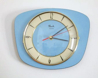 FLASH 1950s-60s Atomic Age Vintage French Light Blue Wall Clock - Funky Freeform Shape - Perfect Working Condition - Mid Century Diamond