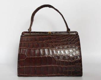 Authentic vintage 1950s handbag,shoulder bag, Kelly bag, Made in England, real leather