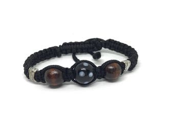 Conte De Ojo and Wood Knotted Bracelet