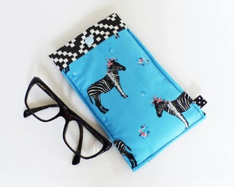 Glasses case, quilted, turquoise, red and black zebra pattern and fabric black and white diamonds